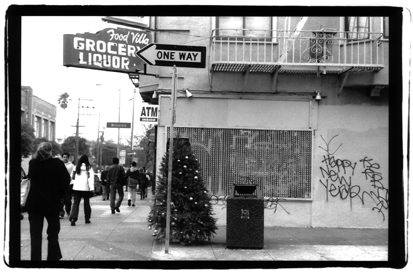 Christmas tree on 24th Street, San Francisco