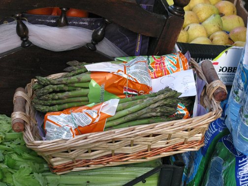 asparagus at a market in Italy